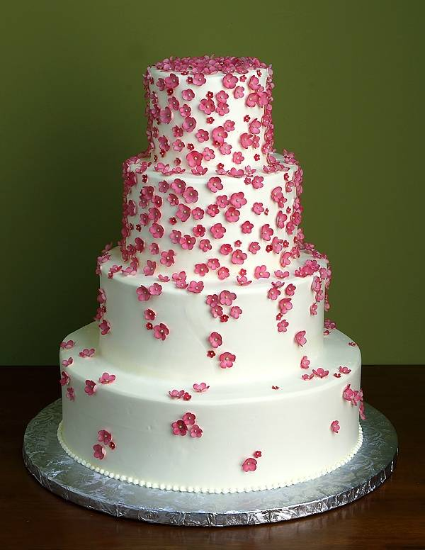 Five wedding cake concepts black and white events wedding cake junglespirit Image collections